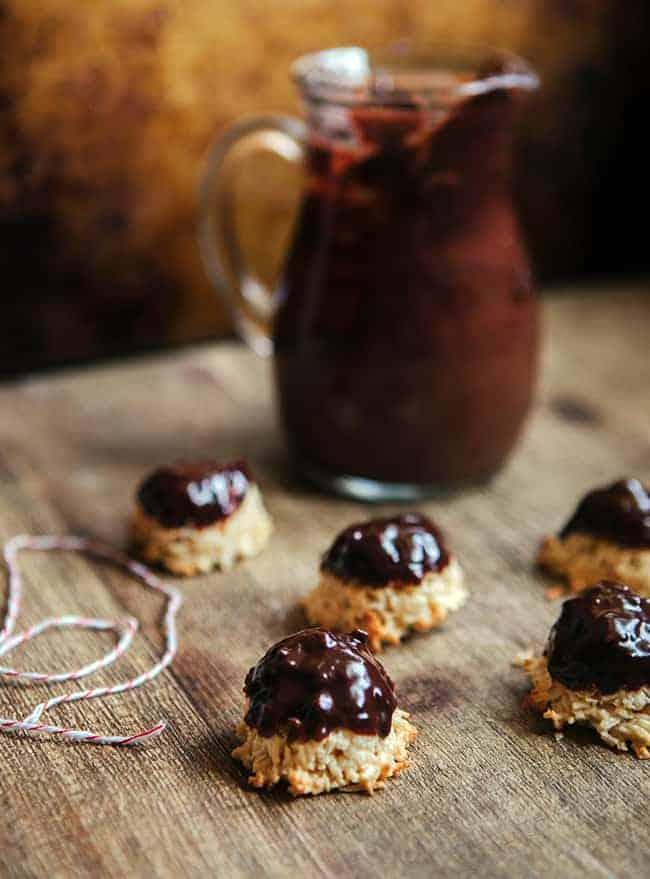 Dark Chocolate Ganache Macaroons | Hello Glow