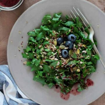 Watercress Quinoa Salad with Blueberry Dressing - HelloVeggie.co