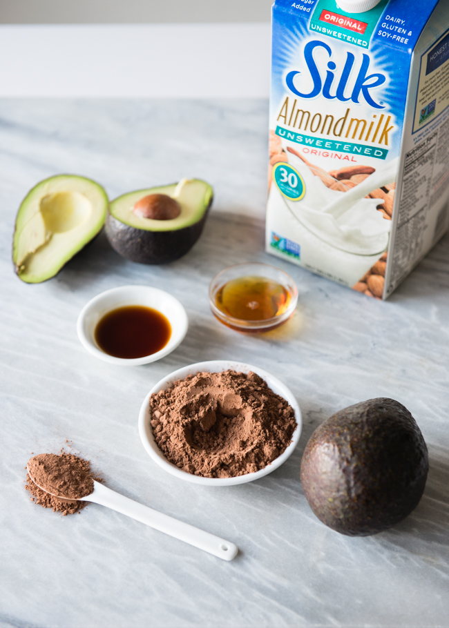 Healthy Vegan Avocado Chocolate Mousse