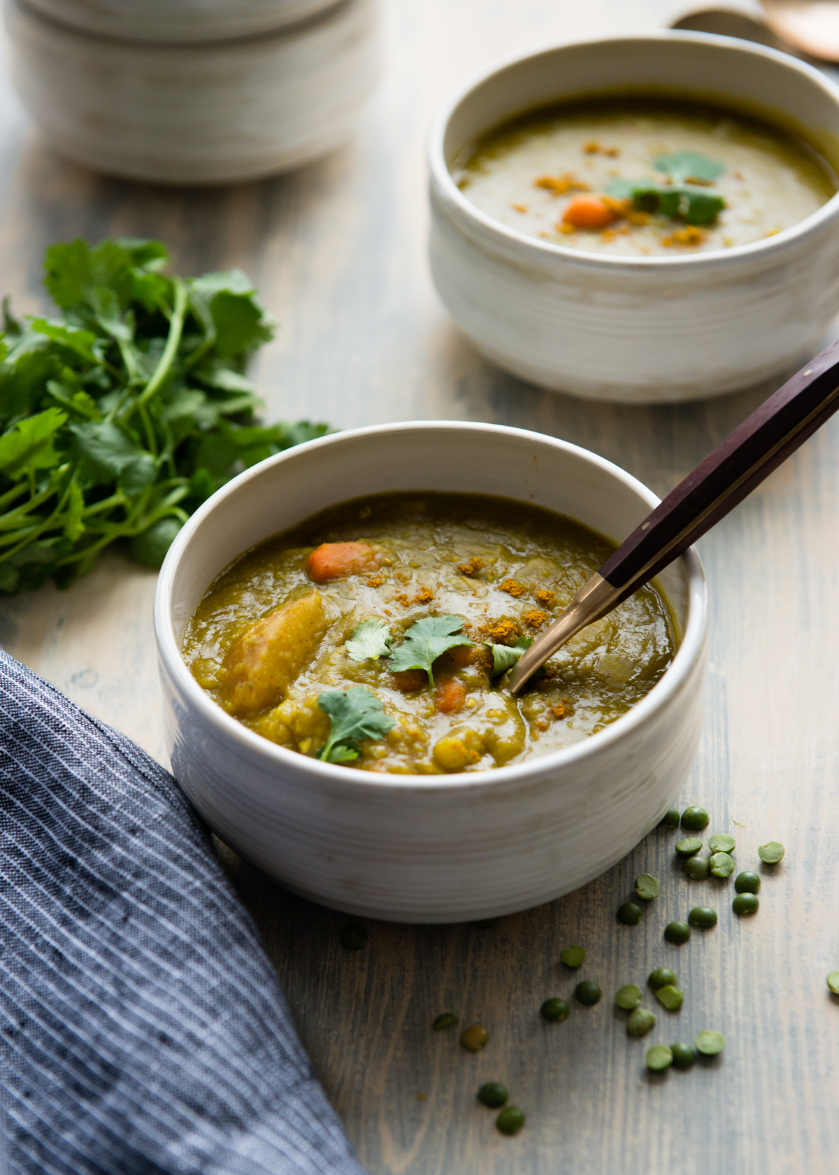 Slow Cooker Vegetarian Split Pea Soup