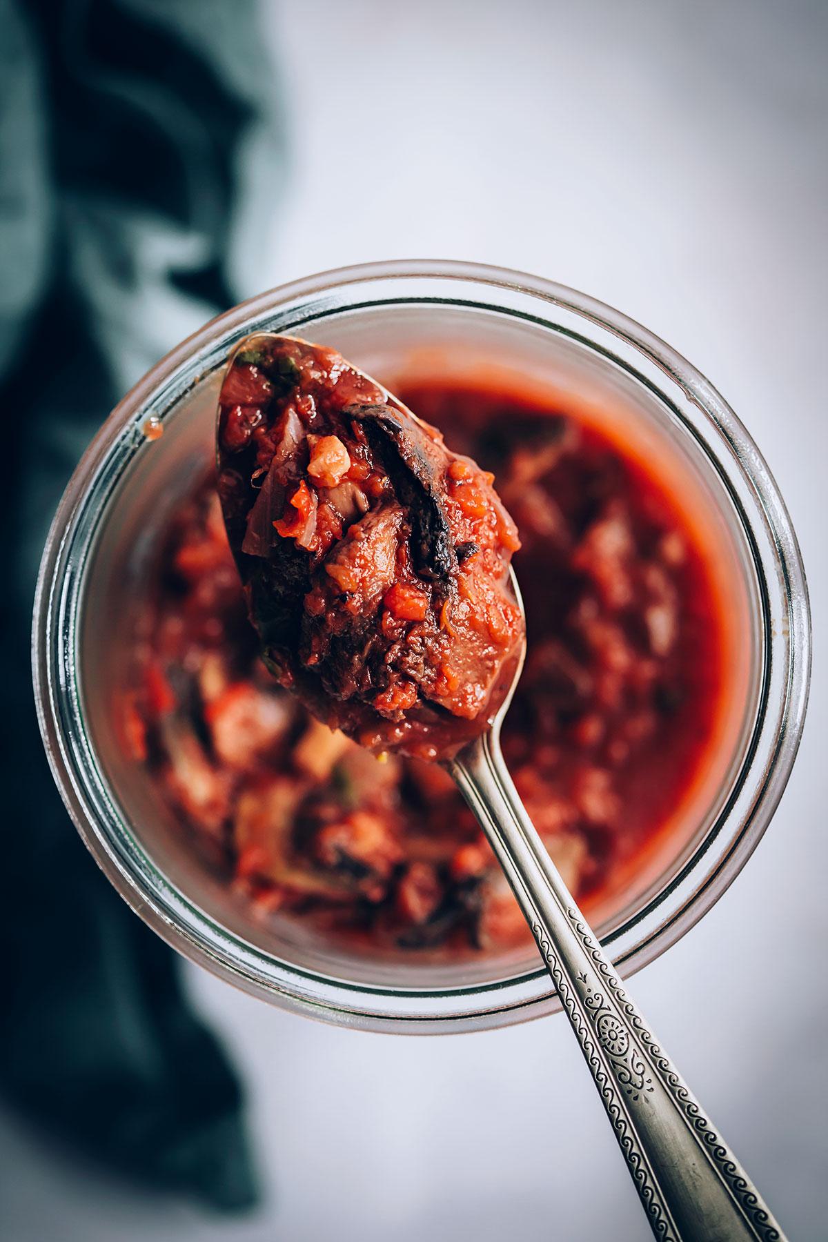 Make & Freeze Mushroom Pasta Sauce from Hello Veggie