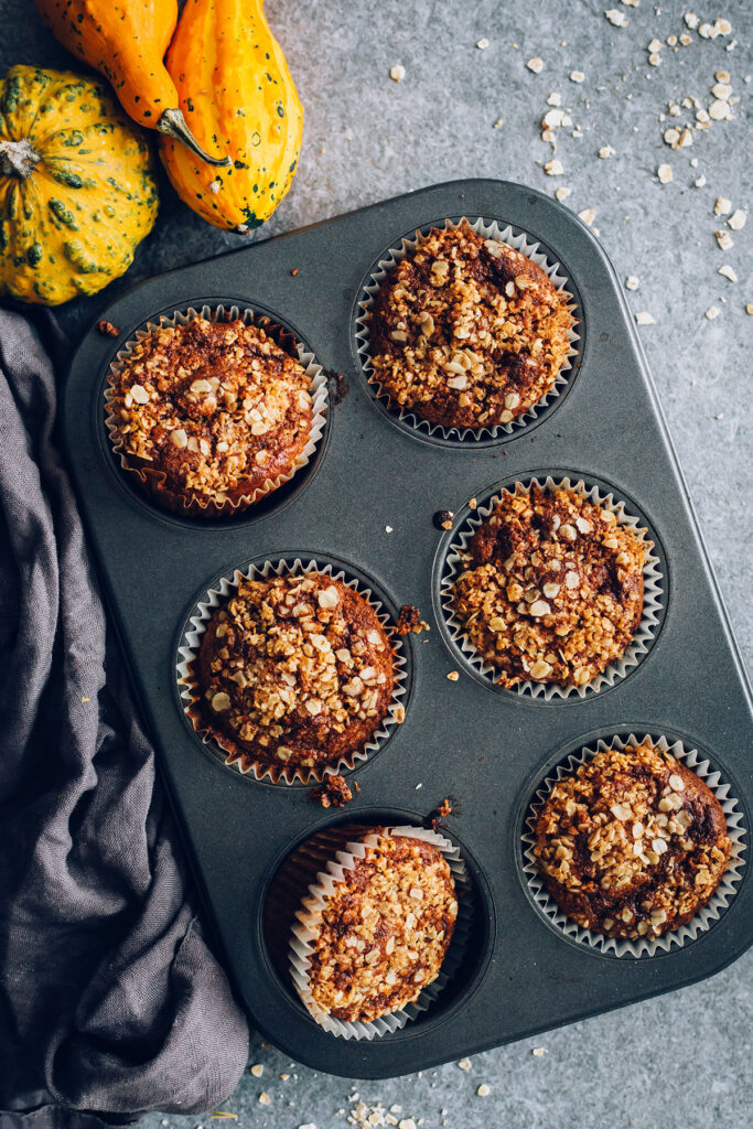 Oatmeal Pumpkin Muffins with Roasted Pumpkin Puree