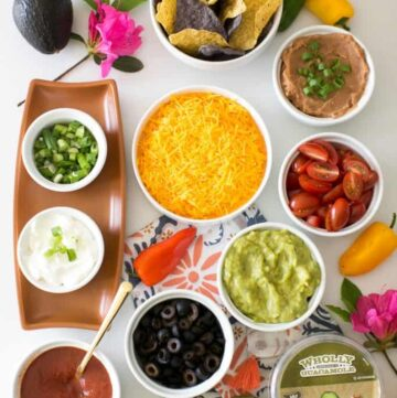 9 Crave-Worthy Vegetarian Nacho Recipes | HelloVeggie.co