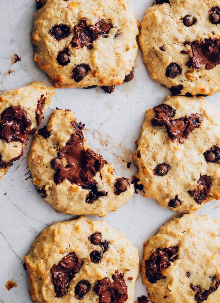 Secret Ingredient Chocolate Chip Cookies - Hello Veggie