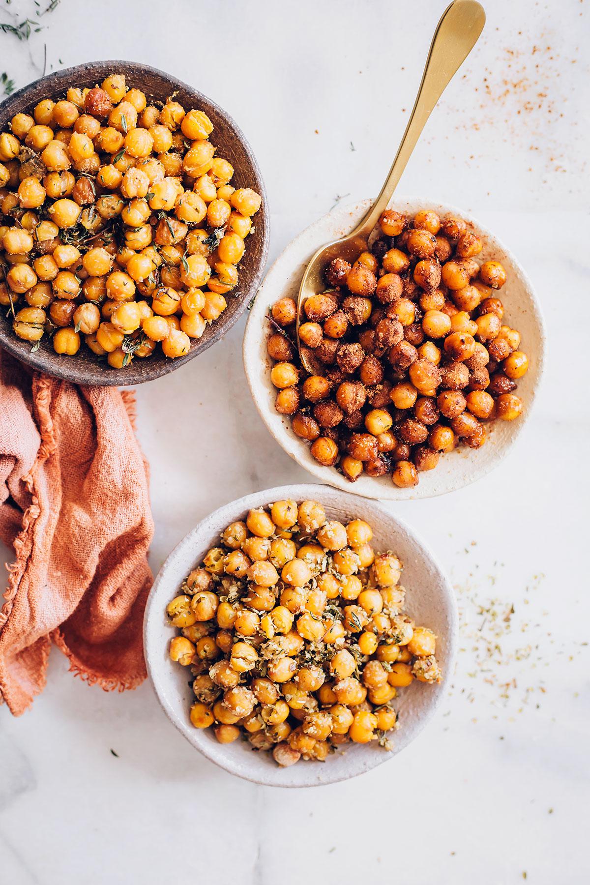 Cinnamon Sugar Roasted Chickpeas - HelloVeggie.co