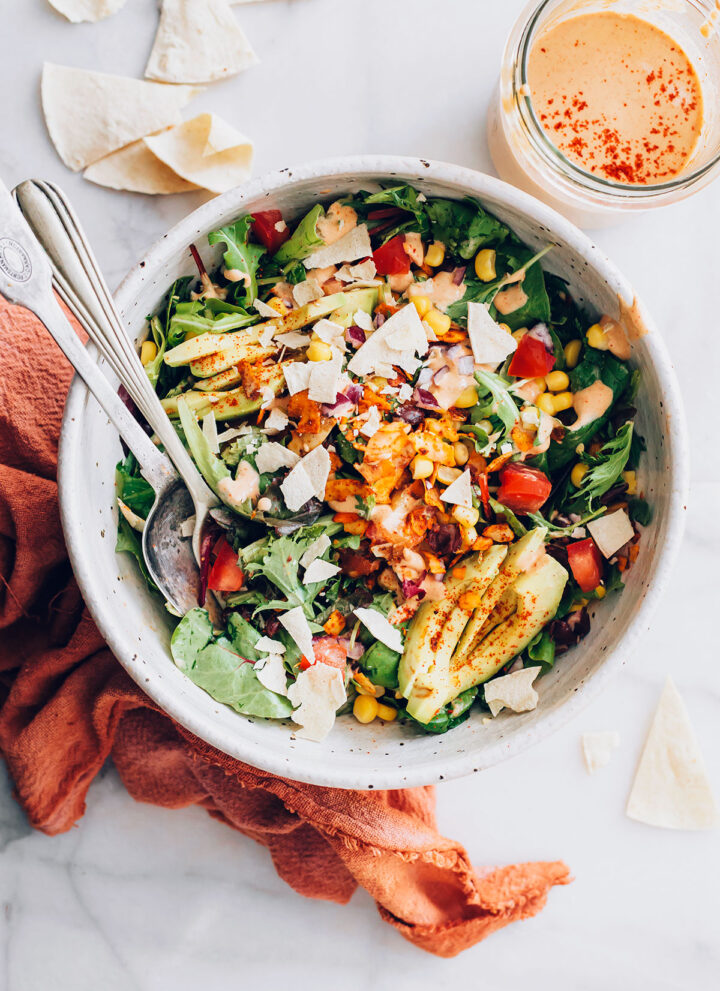 Southwest BLT Salad - HelloVeggie.co