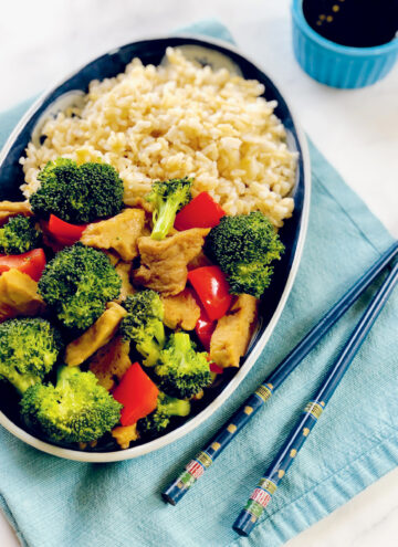 Seitan and Broccoli Stir Fry