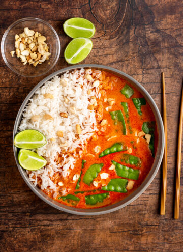 Simple Snow Peas with Red Curry Coconut Broth Recipe - Hello Veggie