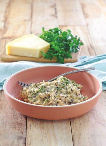 Wild Rice with Creamy Mushroom Sauce - Hello Veggie